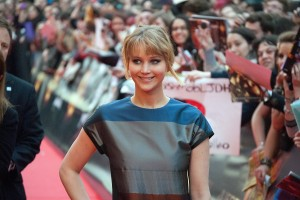 Jennifer Lawrence a su llegada al evento fan