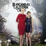 Charlize Theron y Kristen Stewart en la presentación de Blancanieves y la leyenda del cazador