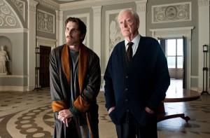 Christian Bale y Michael Caine en El caballero oscuro: La leyenda renace
