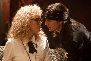 Tom Cruise y Malin Akerman en Rock of ages (La era del rock)