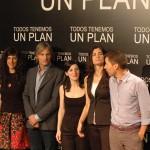 El equipo artístico de Todos tenemos un plan (2)