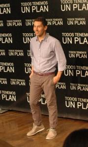 Javier Godino en la presentación de Todos tenemos un plan