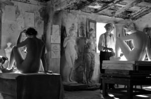 Aida Folch y Jean Rochefort en El artista y la modelo