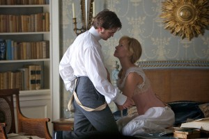 Robert Pattinson y Uma Thurman en Bel Ami, historia de un seductor