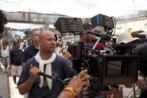 Adrian Grunberg en el rodaje de Vacaciones en el infierno