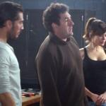 Alberto Ammann, Daniel Calparsoro y Adriana Ugarte en el rodaje de Combustión