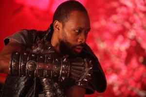 RZA en El hombre de los puños de hierro