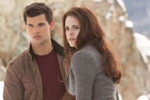 Taylor Lautner y Kristen Stewart en Amanecer Parte 2