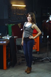 Adriana Ugarte en el rodaje de Combustión (5)