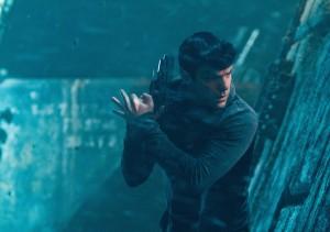 Zachary Quinto en Star Trek: En la oscuridad