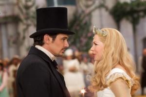 James Franco y Michelle Williams en Oz, un mundo de fantasía