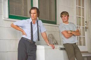 Matthew McConaughey y Zac Efron en El chico del periódico