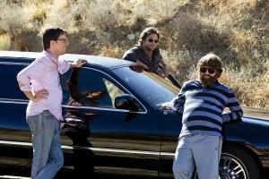 Ed Helms, Bradley Cooper, y Zach Galifianakis en R3sacón