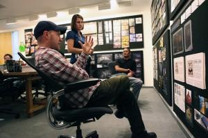 Dan Scanlon y Cassandra Smolcic en el rodaje de Monstruos University