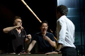 Danny Boyle, James McAvoy, y Vincent Cassel en el rodaje de Trance