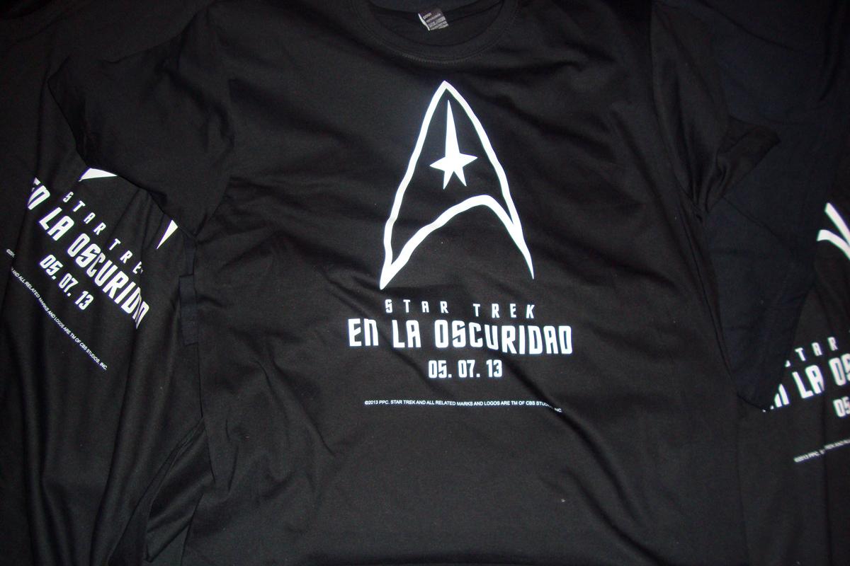 Consigue una camiseta de Star Trek: En la oscuridad