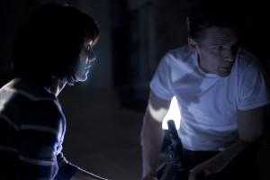 Lena Headey y Ethan Hawke en The purge: La noche de las bestias