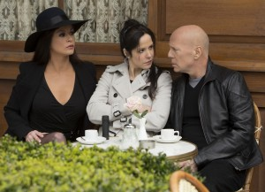 Catherine Zeta-Jones, Mary-Louise Parker, y Bruce Willis en RED 2