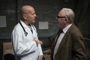 Bruce Willis y Anthony Hopkins en RED 2