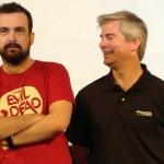 Nacho Vigalondo y un directivo de Panda Security en la presentación de sus nuevos productos (2)