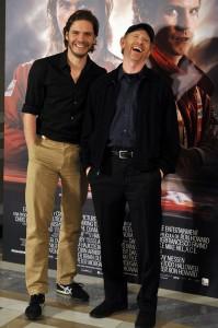 Daniel Brühl y Ron Howard en la presentación de Rush (3)