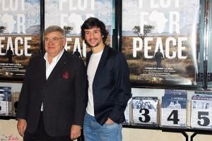 Jean-Yves Ollivier y Carlos Agulló en la presentación de Plot for Peace