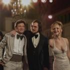 Amy Adams, Bradley Cooper, Jeremy Renner, Christian Bale y Jennifer Lawrence en La gran estafa americana (American Hustle)