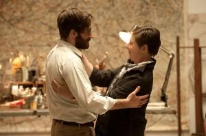 Jake Gyllenhaal e Isabella Rossellini en Enemy