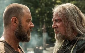 Russell Crowe y Ray Winstone en Noé