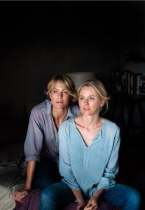 Robin Wright y Naomi Watts en Dos madres perfectas