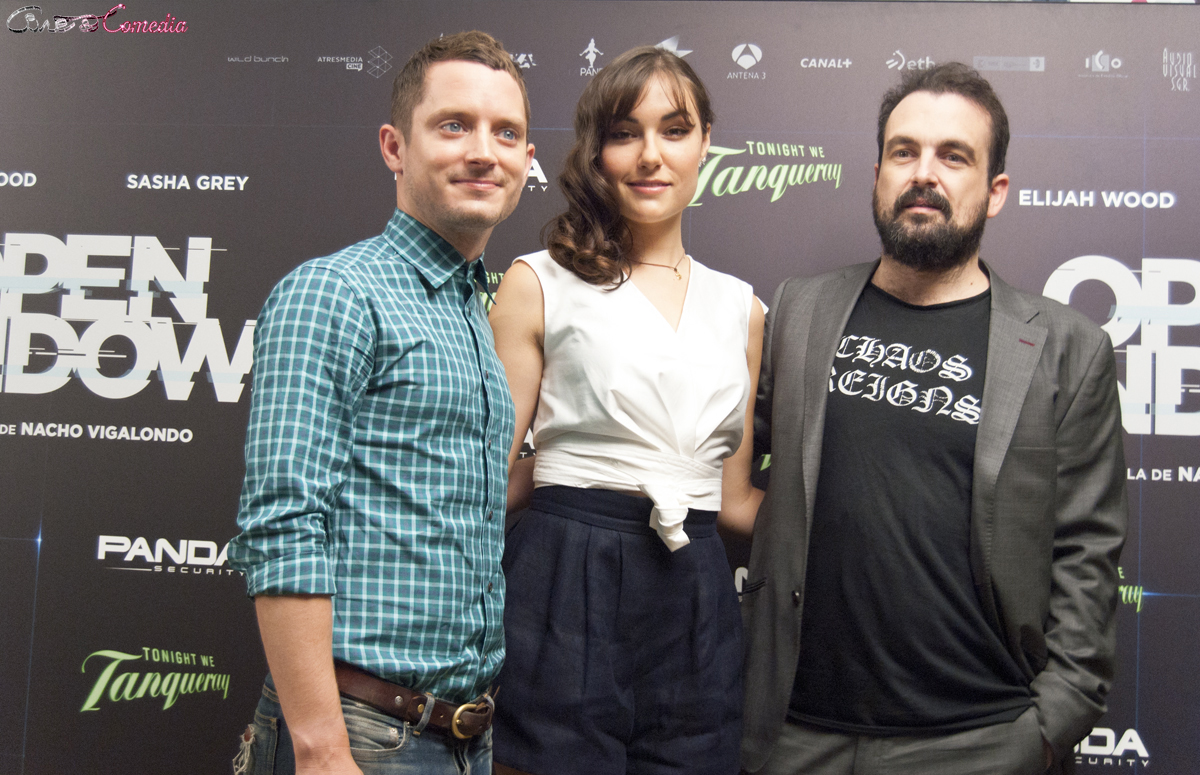 Elijah Wood, Sasha Grey, y Nacho Vigalondo en la presentación de Open Windows