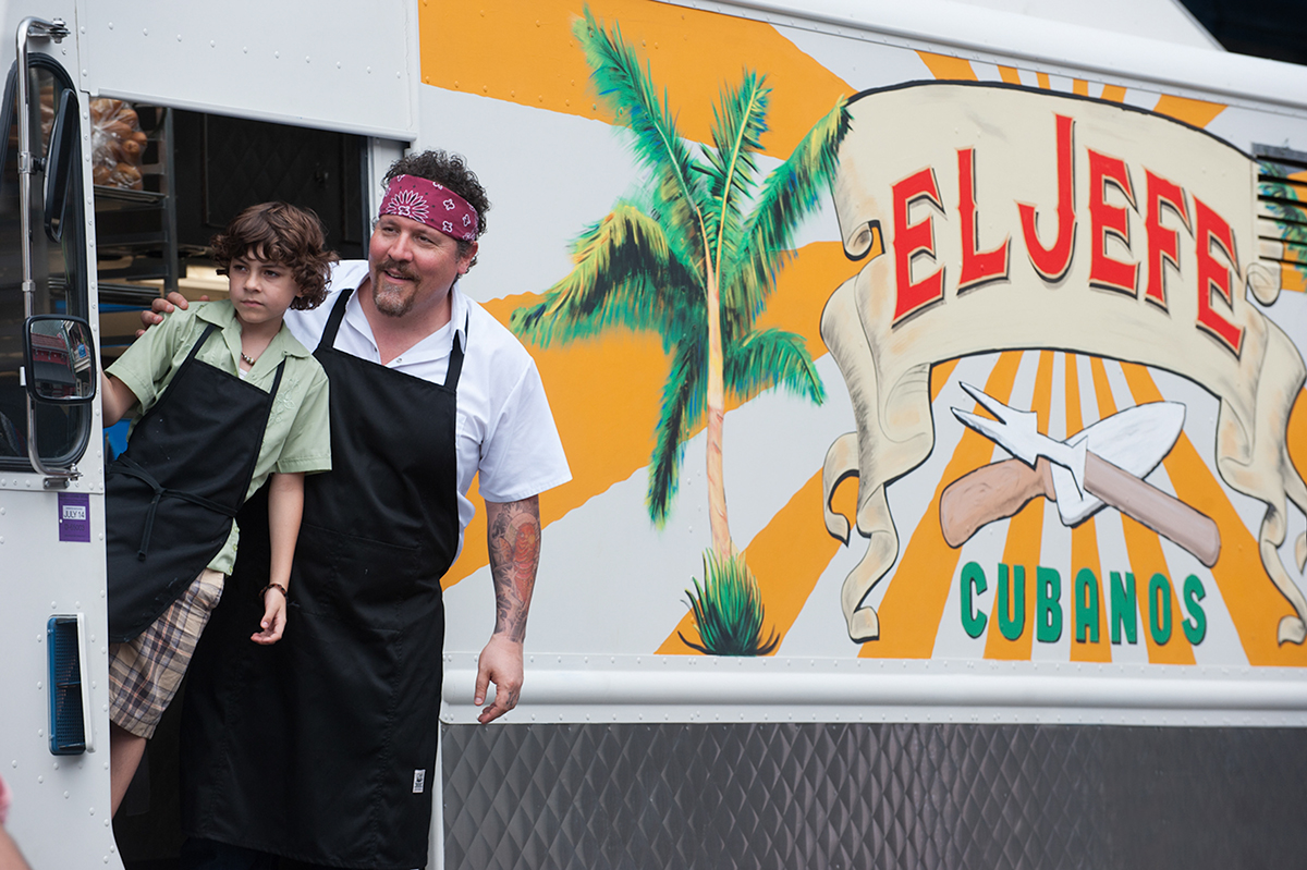 Emjay Anthony y Jon Favreau en #Chef