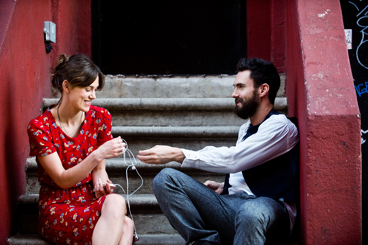 Keira Knightley y Adam Levine en Begin Again