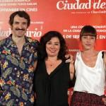 Julián Villagrán, Chus Gutiérrez, e Ingrid Rubio en la presentación de Ciudad Delirio
