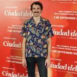 Julián Villagrán en la presentación de Ciudad Delirio (2)