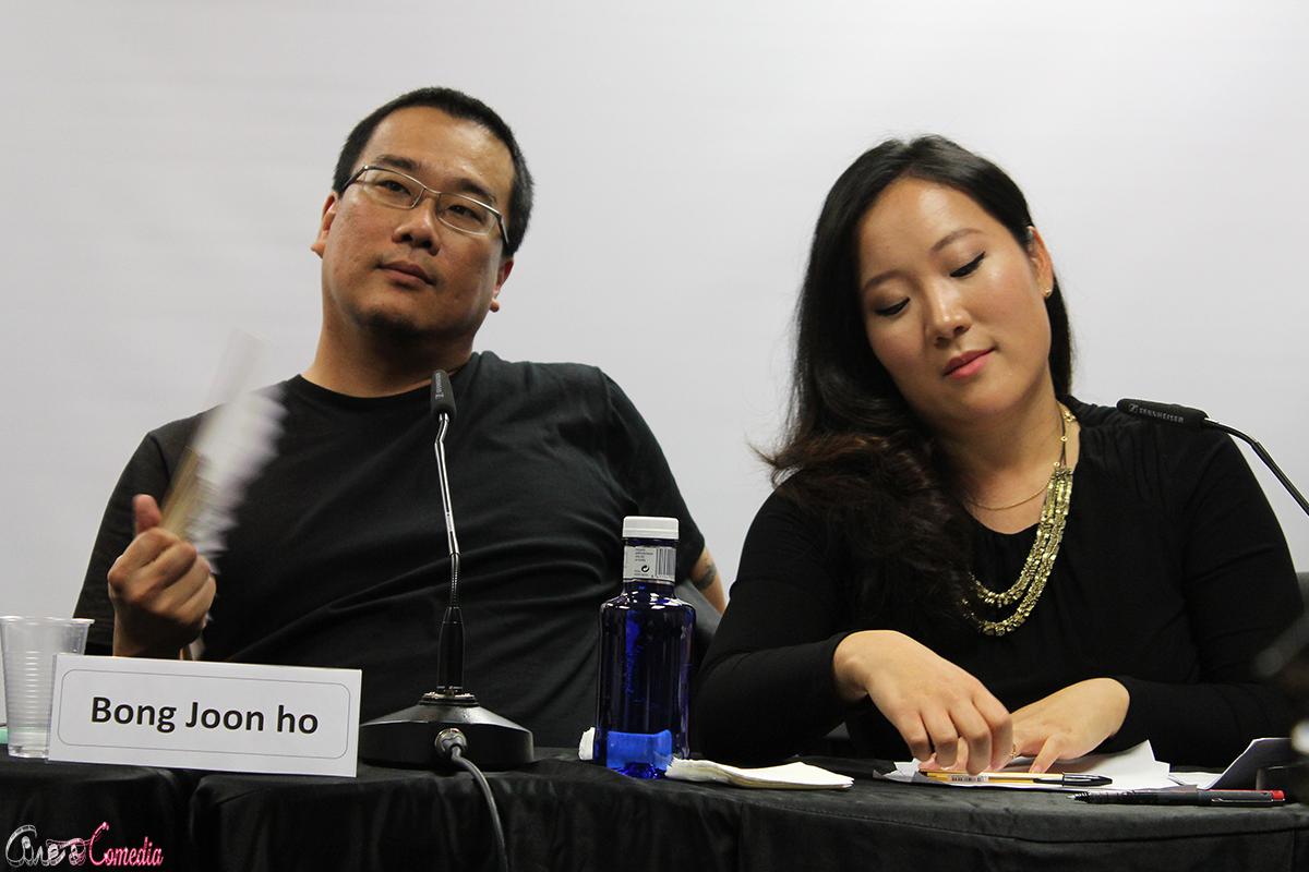 Bong Joon-ho y la traductora en la VII muestra de cine coreano (2)