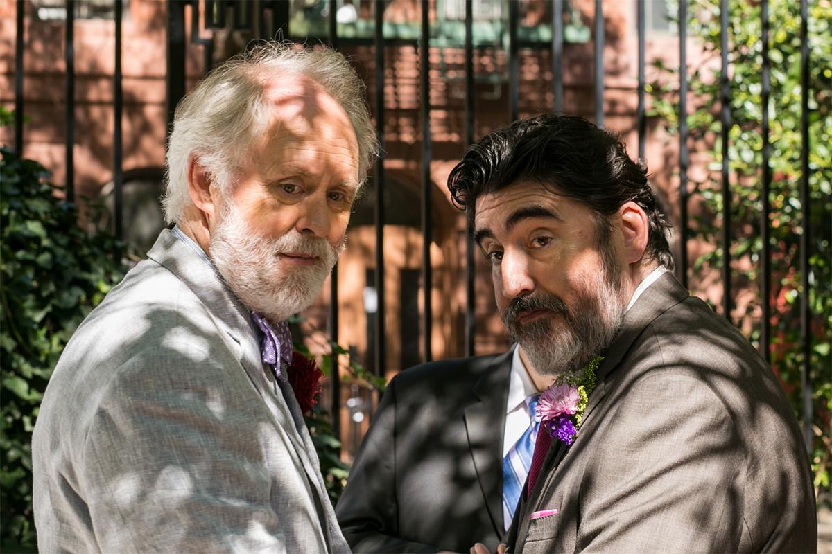 John Lithgow y Alfred Molina en El amor es extraño