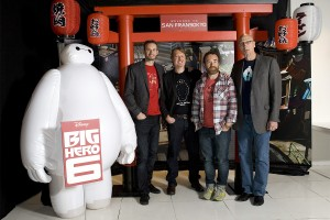 Chris Williams, Don Hall, Valentín Amador y Roy Conli en la presentación de Big Hero 6 (2)