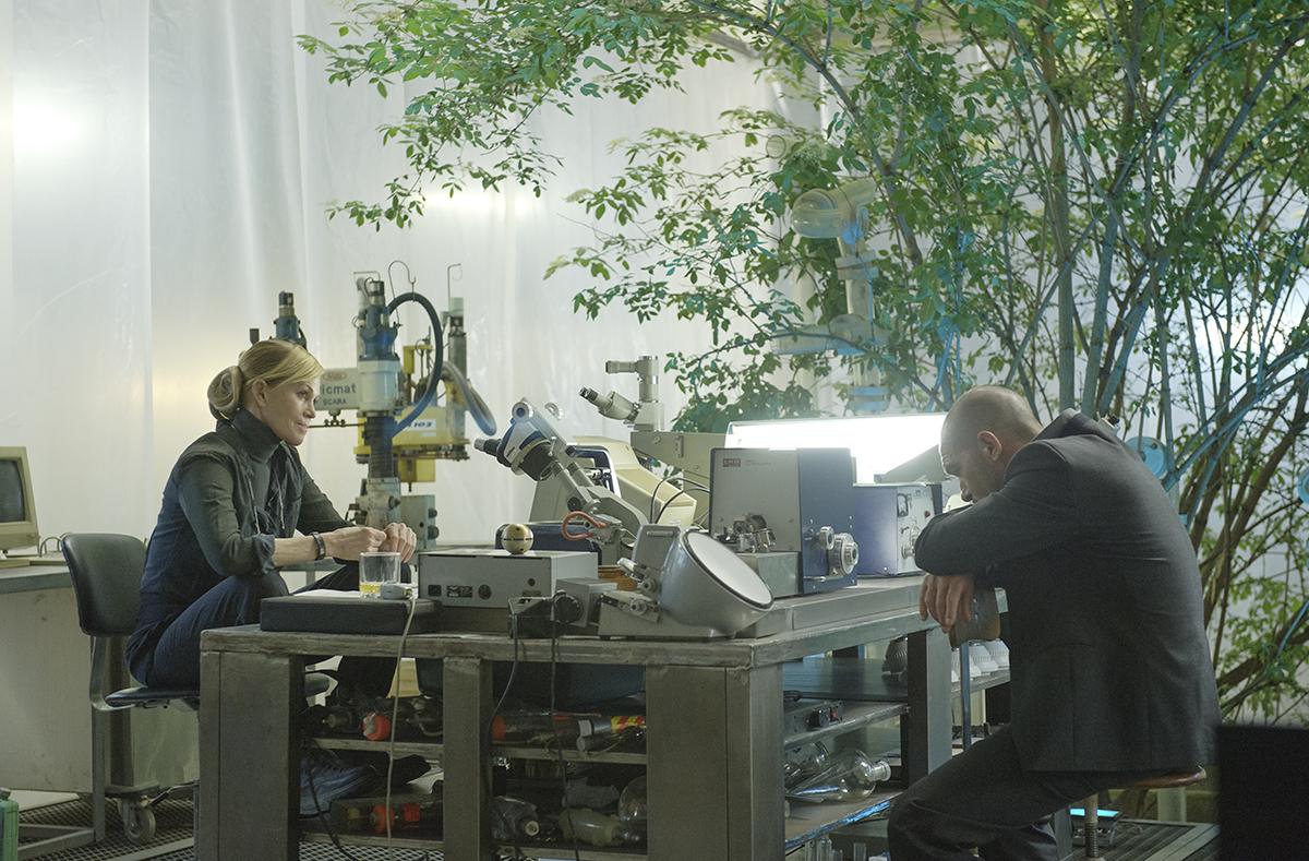 Melanie Griffith y Antonio Banderas en Autómata
