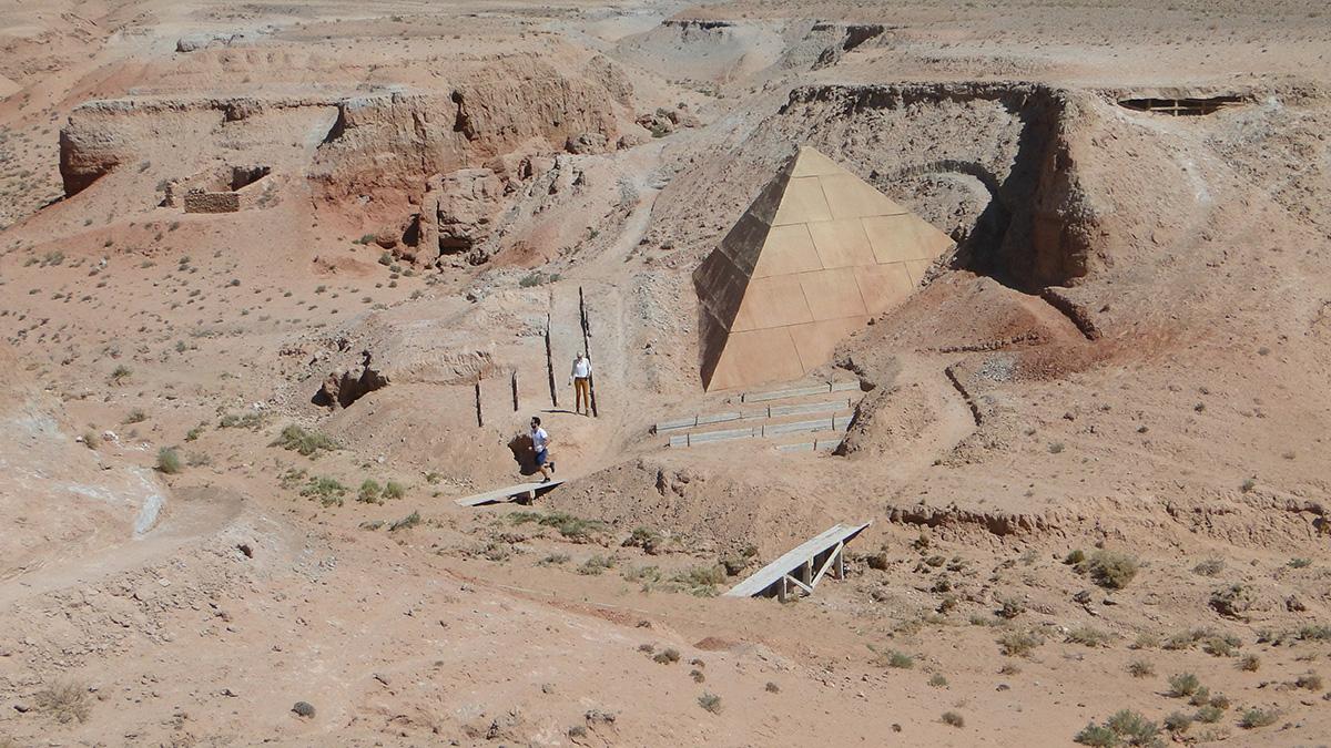Fotograma de La pirámide