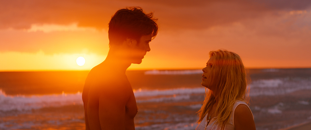 Giulio Berruti y Hannah Arterton en Walking on Sunshine