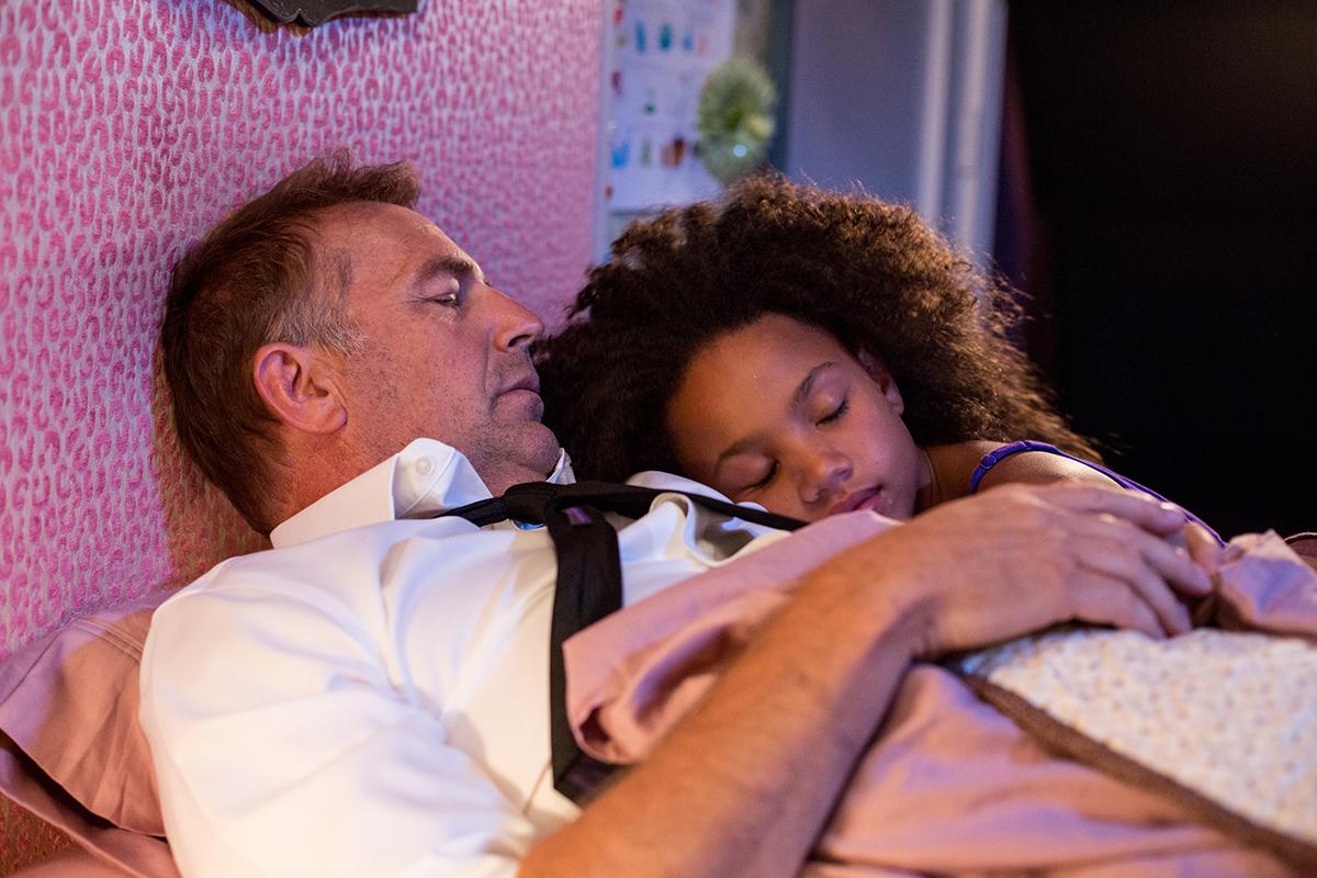 Kevin Costner y Jillian Estell en Lo mejor para ella