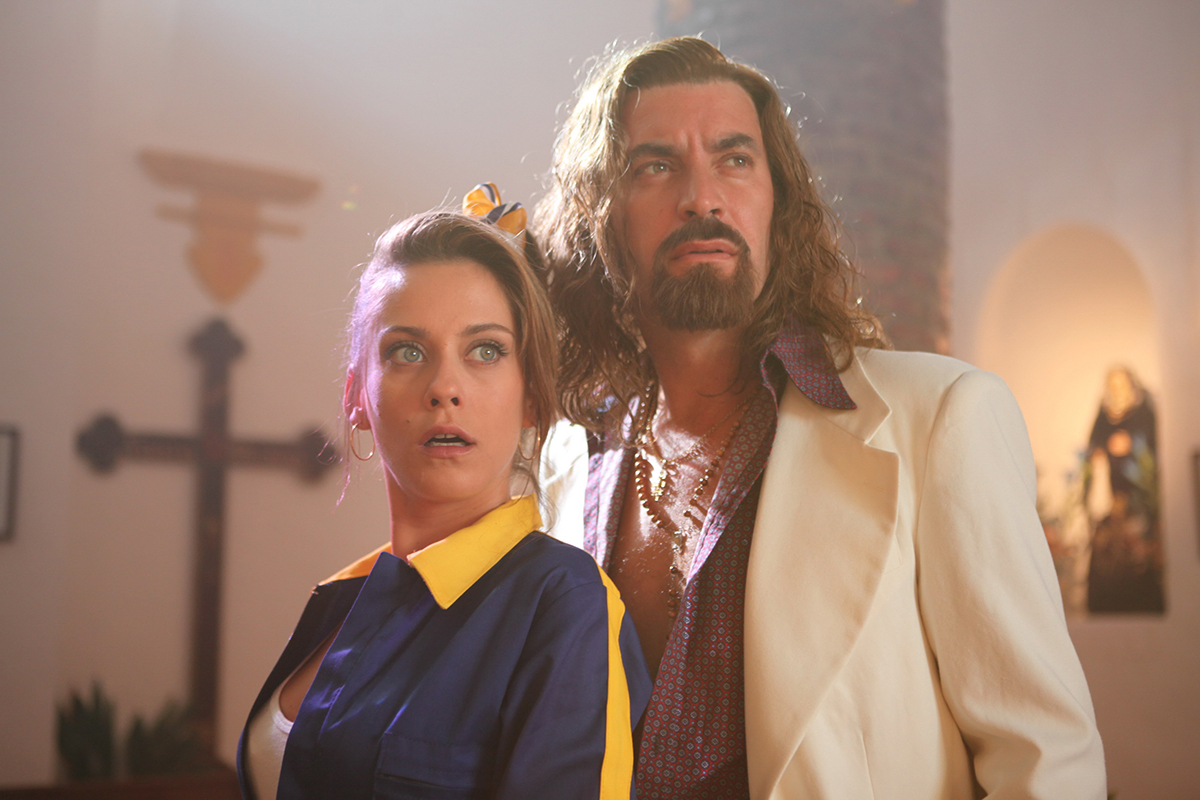 María León y Arturo Valls en Rey gitano