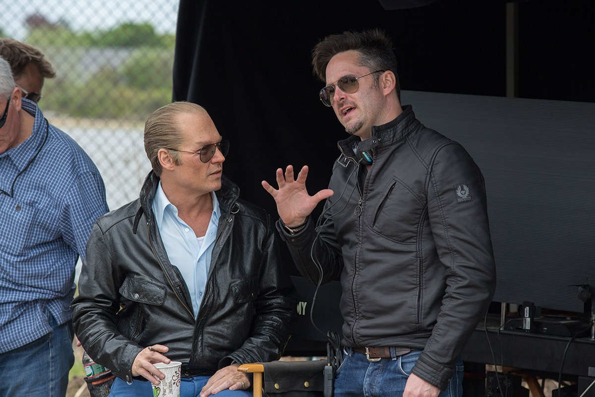 Johnny Depp y Scott Cooper en el rodaje de Black Mass
