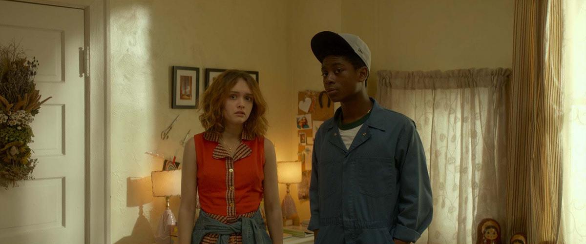 RJ Cyler y Olivia Cooke en Yo, él y Raquel