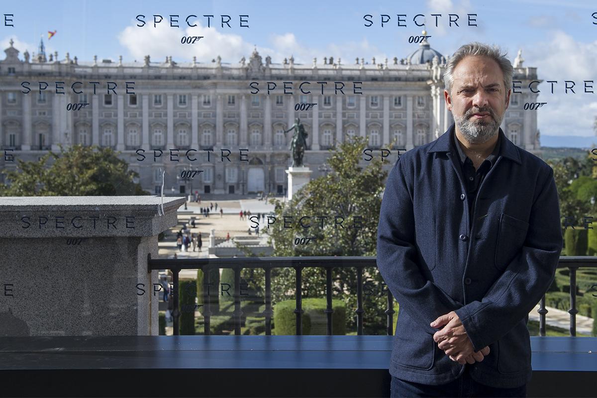 Sam Mendes en la presentación de Spectre (2)