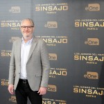 Francis Lawrence en la presentación de prensa de Los juegos del hambre: Sinsajo - Parte 2