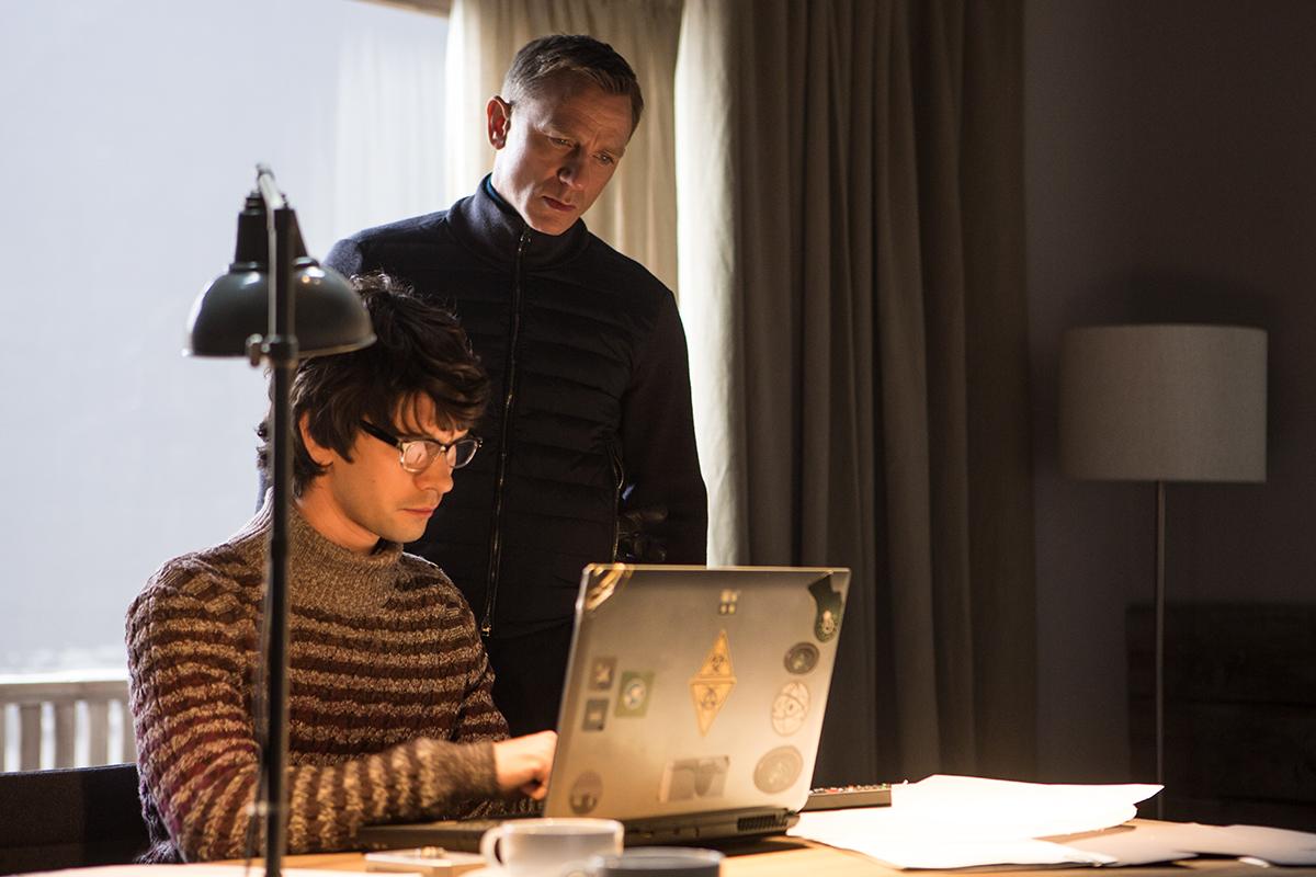 Ben Whishaw y Daniel Craig en Spectre