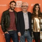 Dani Rovira, Emilio Martínez Lázaro y Clara Lago en la presentación de Ocho apellidos catalanes