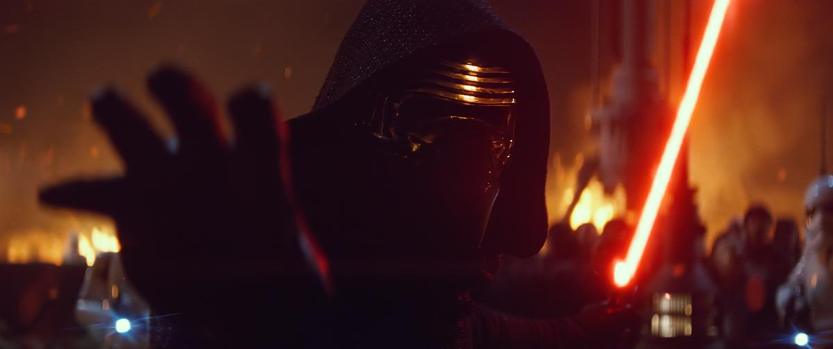 Adam Driver en Star Wars: El despertar de la fuerza